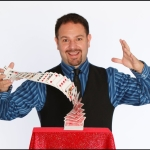 Comedy Magician Robert Strong