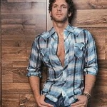 where to book the famous country singer Billy Currington