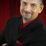 Magician Steve Barcellona
